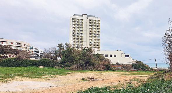 השטח בו אושרה בניית המלון