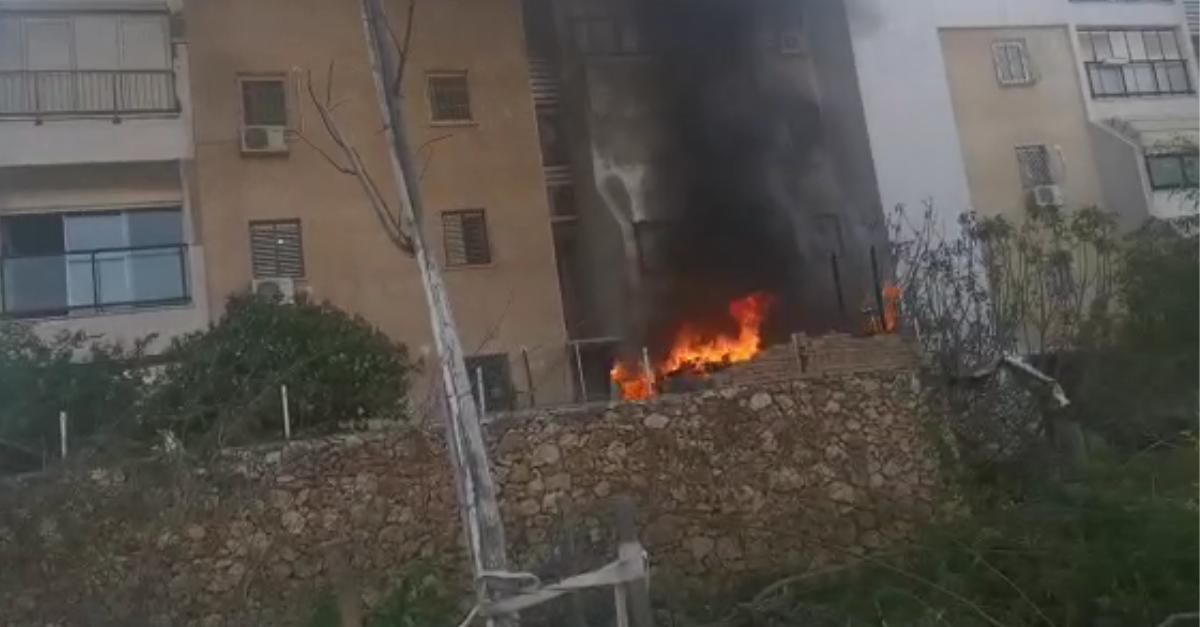 שריפה ברחוב הבנים בהרצליה