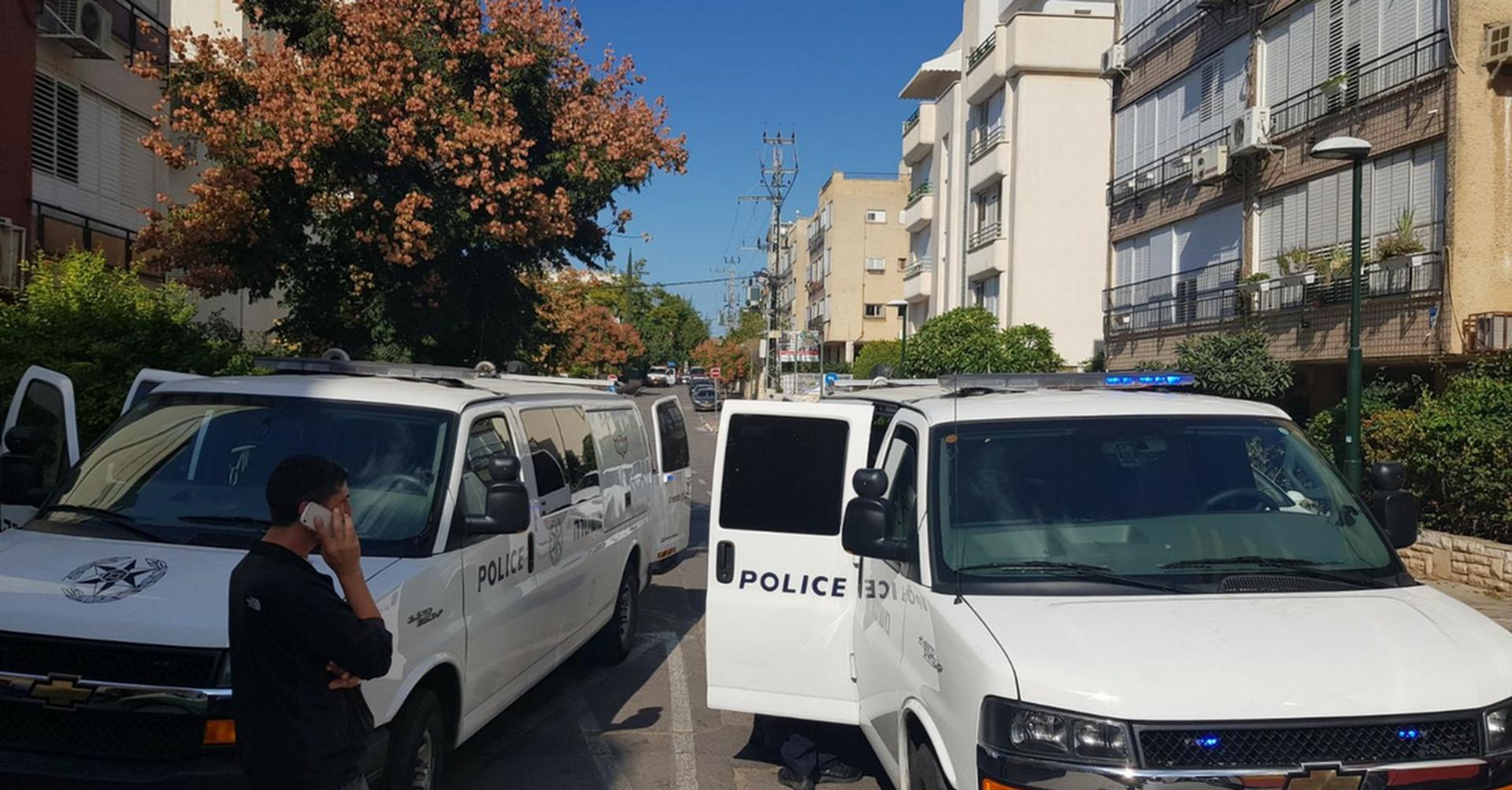 כוחות משטרה בזירה   צילום: משטרת ישראל