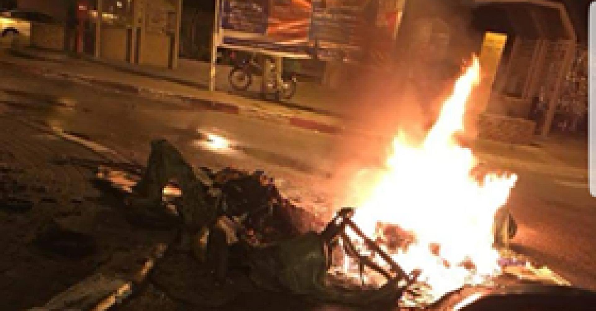 שריפה בשכונת יד התשעה   צילום: תושבי השכונה