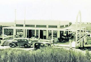 בית הקפה בימיו היפים   צילום: בית ראשונים הרצליה