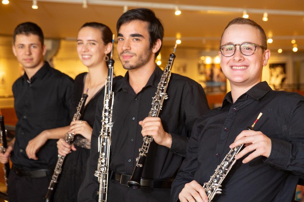 נועם רוזן (ראשון מימין). צילום: יעל אילן